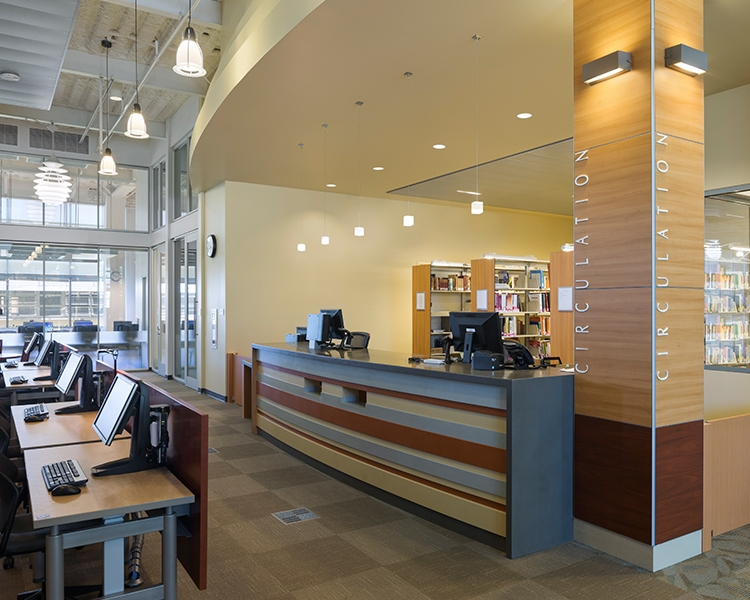 La Harbor College Library Learning Resource Center Wh3